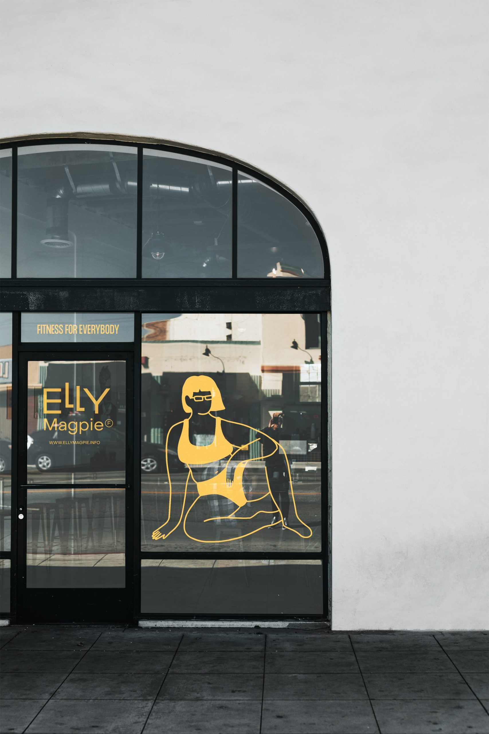 EM_windows01_Restaurant-Storefront-Mockup-min